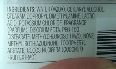 Suave Essentials Tropical Coconut Nourishing Conditioner - Ingredients