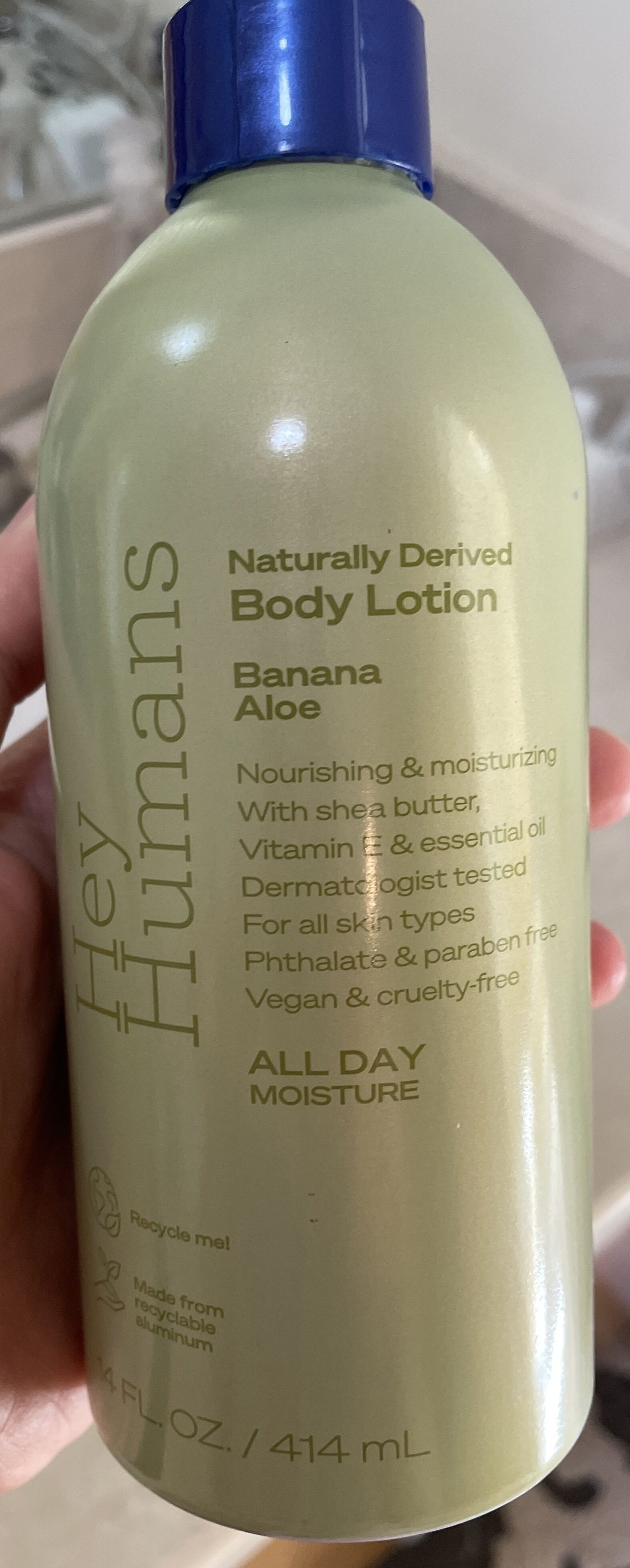 Naturally derived body lotion - Product - en