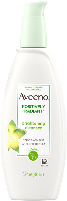 Positively Radiant Brightening Facial Cleanser - Product - en