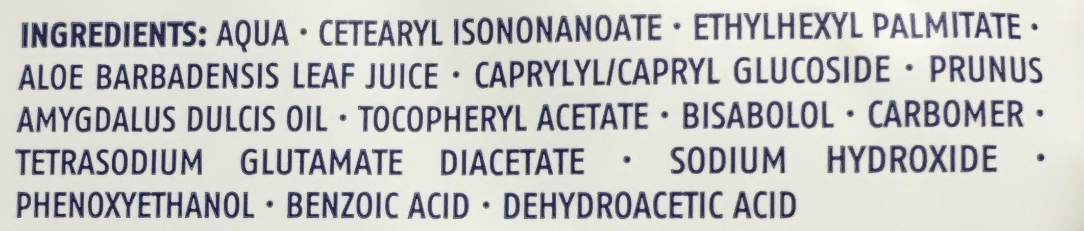 Sensitive Lingettes Nettoyantes pour peaux sèches et sensibles - Ingredients - fr