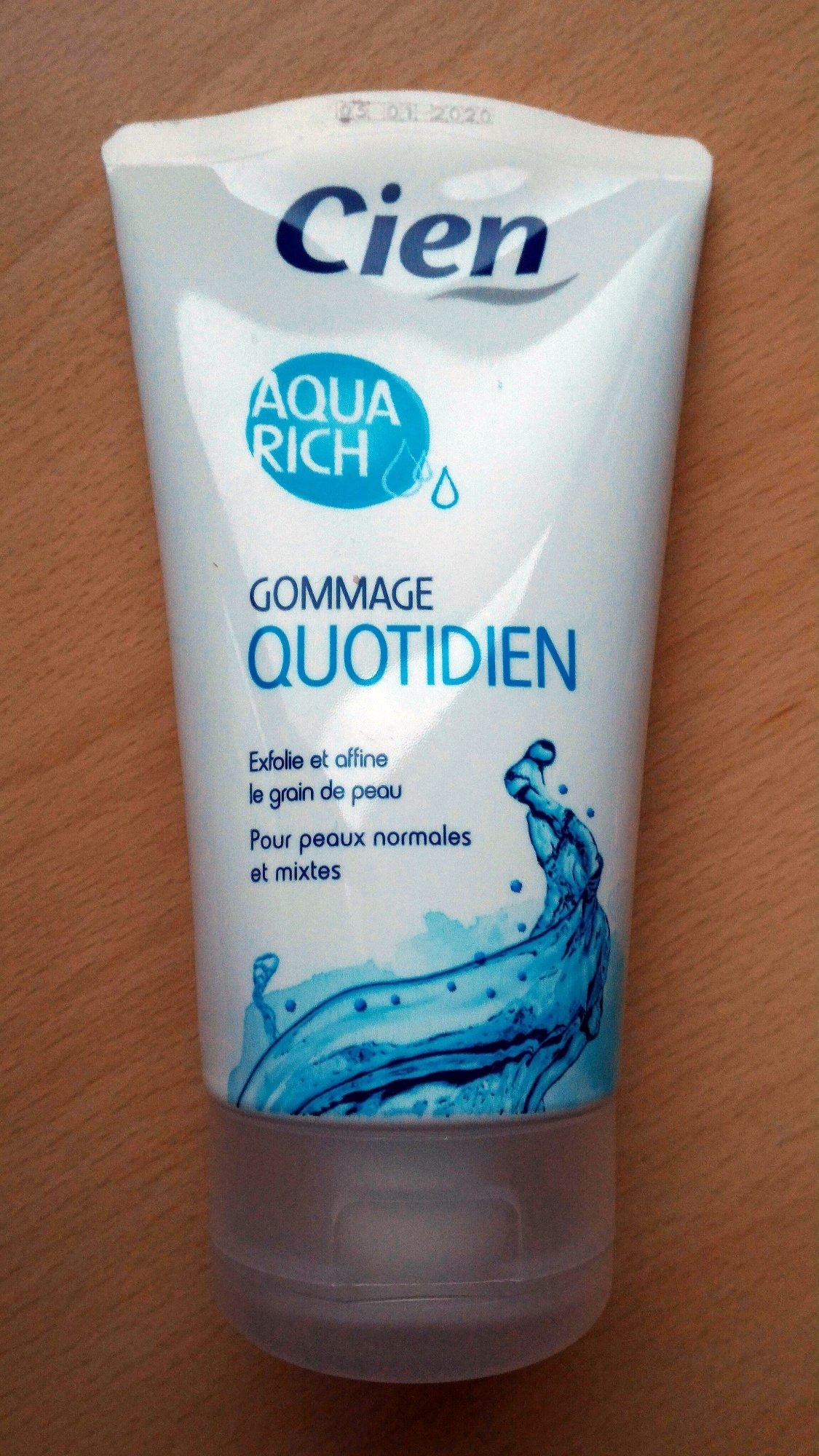 Gommage Quotidien Aqua Rich - Product