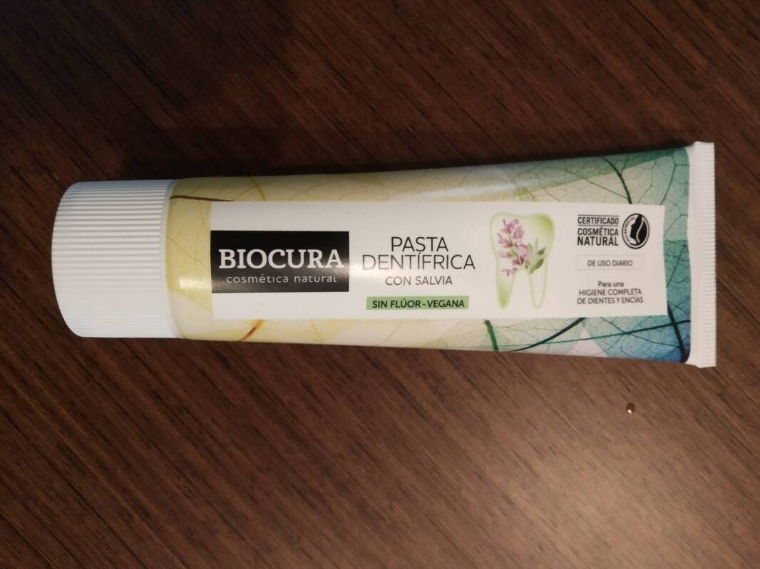 Pasta dentifrica - Product - es
