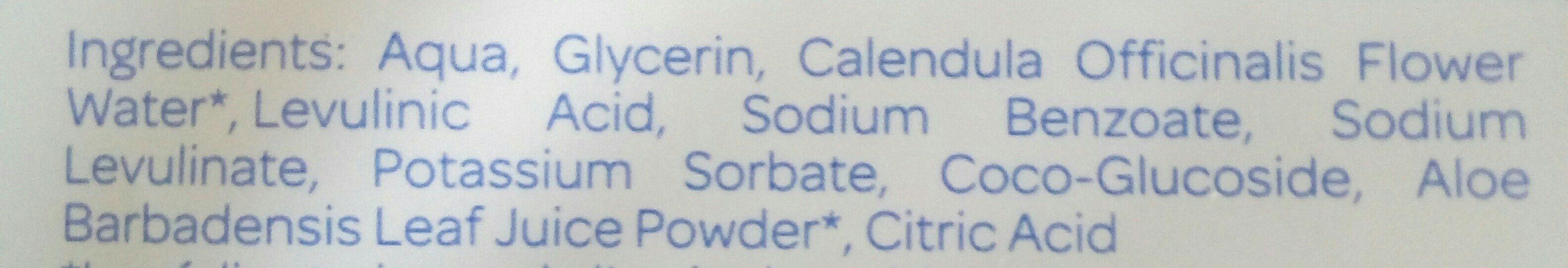 Lingettes nettoyantes bebe - Ingredients - fr