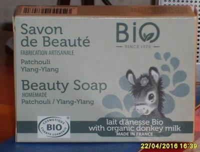 Savon de beauté Patchouli Ylang-ylang Lait d'ânesse bio - Product - fr