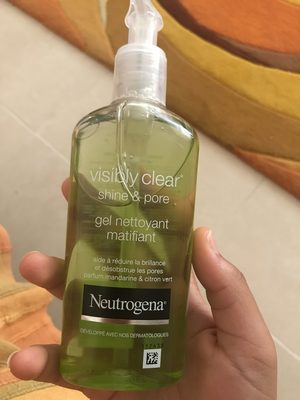 Visibly clear shine & pore gel nettoyant matifiant - Produit