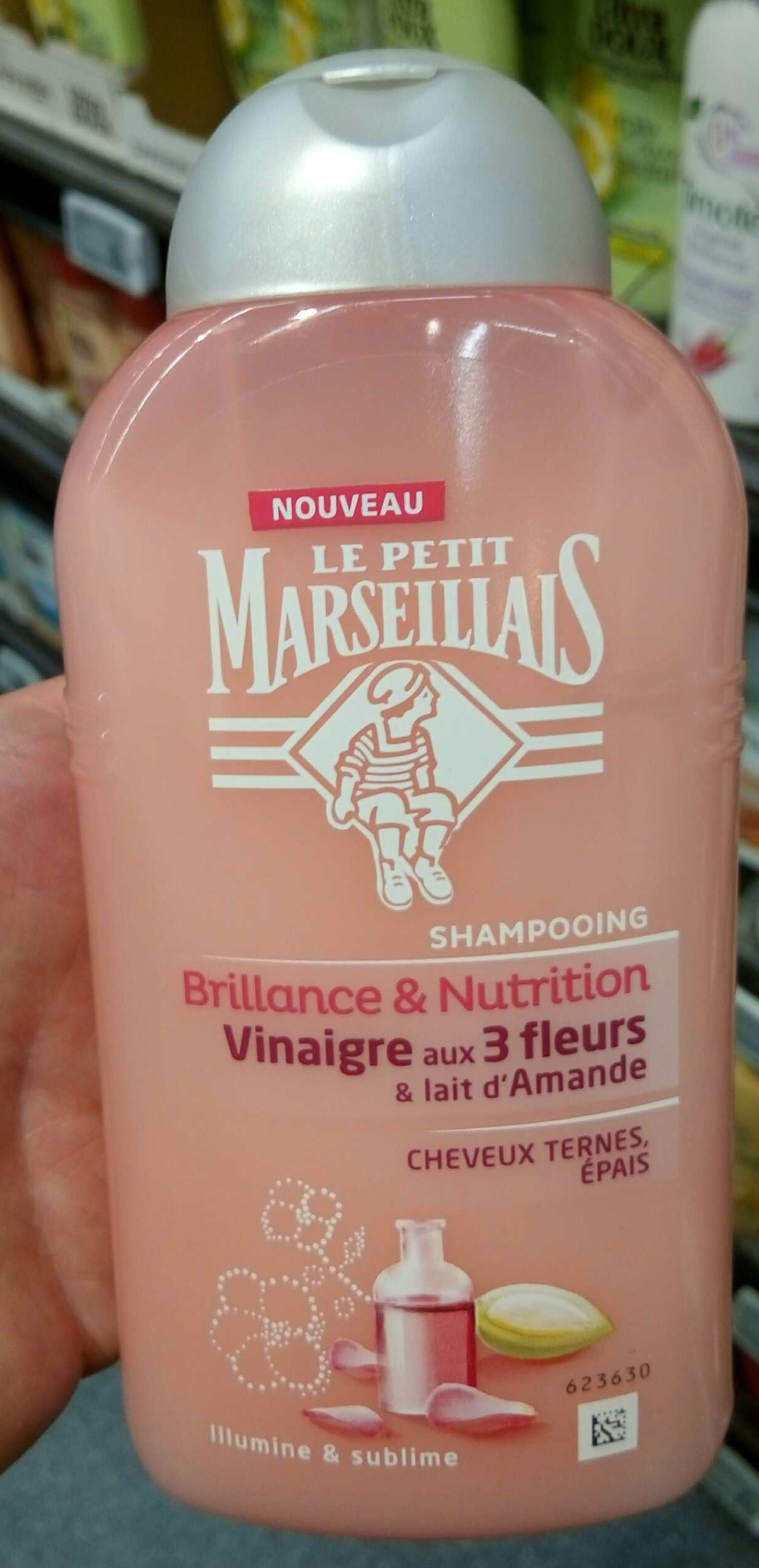 Shampooing Brillance & Nutrition Vinaigre aux 3 fleurs et lait d'Amande - Produit