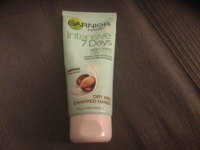 Garner hand intensive 7 days restoring hand cream - Product - en