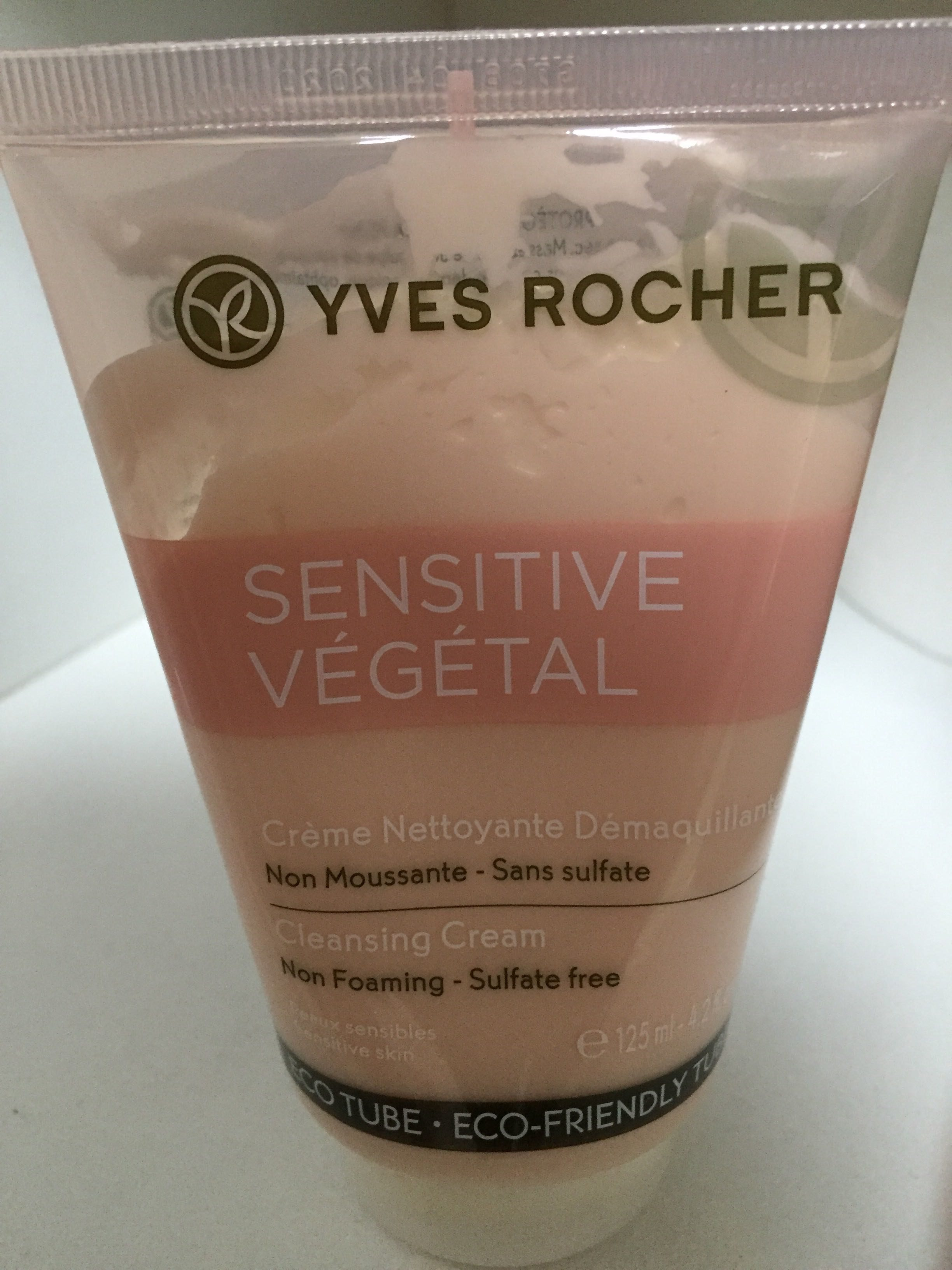 sensitive végétal crème nettoyante démaquillante - Produit