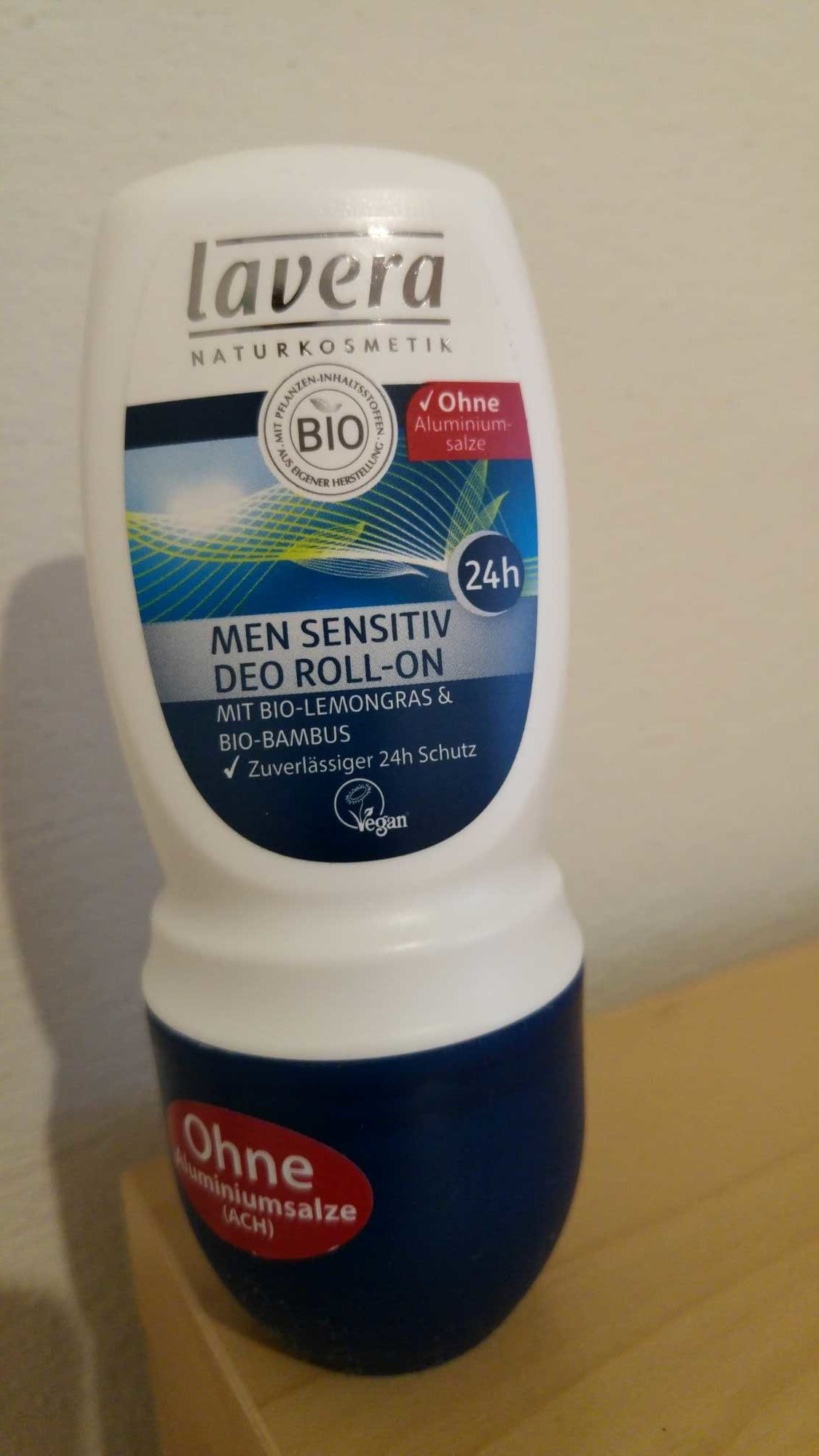 Men sensitive deo roll on - Product - fr