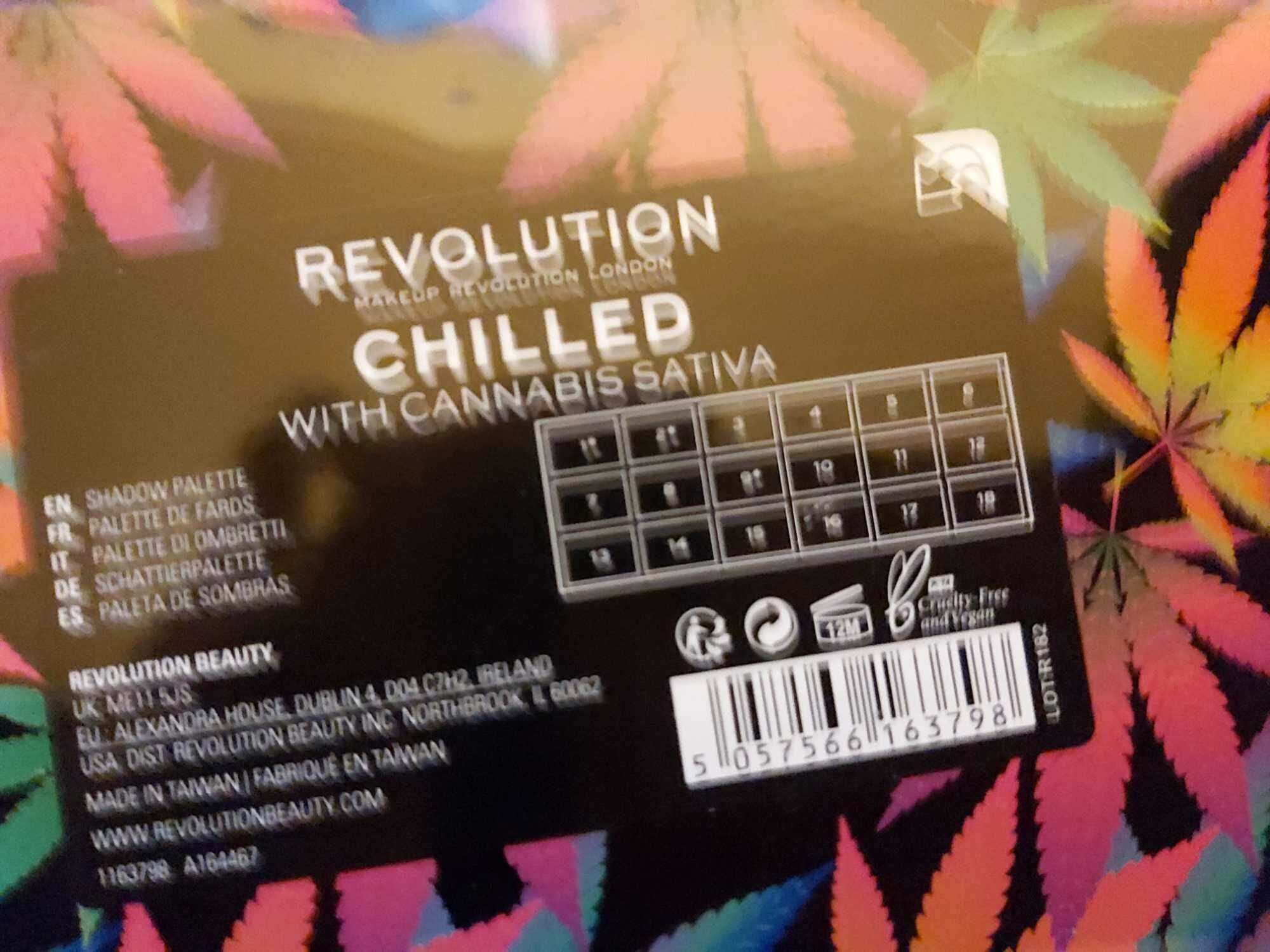 Chilled eyeshadow palette - Product - en