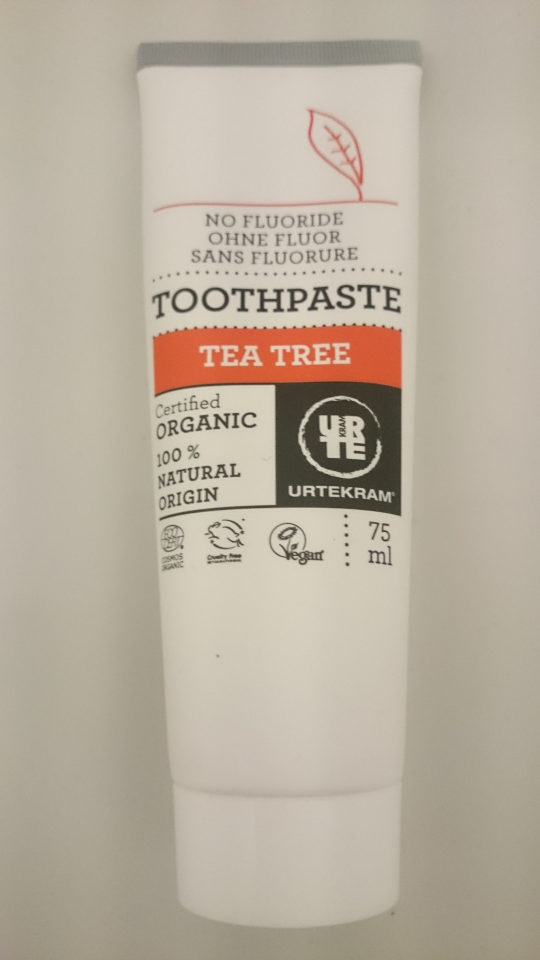 Urtekram toothpaste tea tree - Product - en