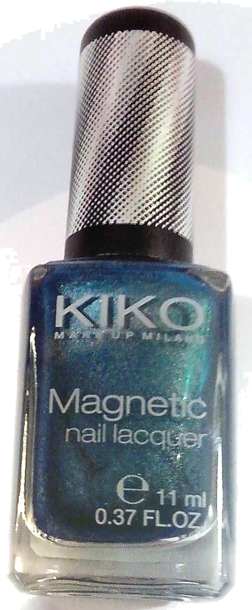 Magnetic nail lacquer - Product