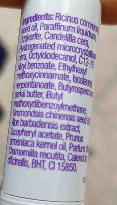 Protector labial FPS 6 aroma fresa - Ingredients - en