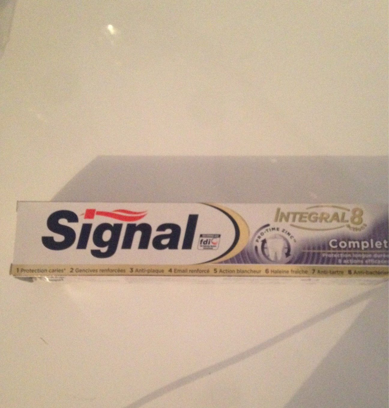 Dentifrice integral 8 actions - Product