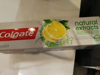 Colgate Naturals Fresh Dentifrice - Product - fr
