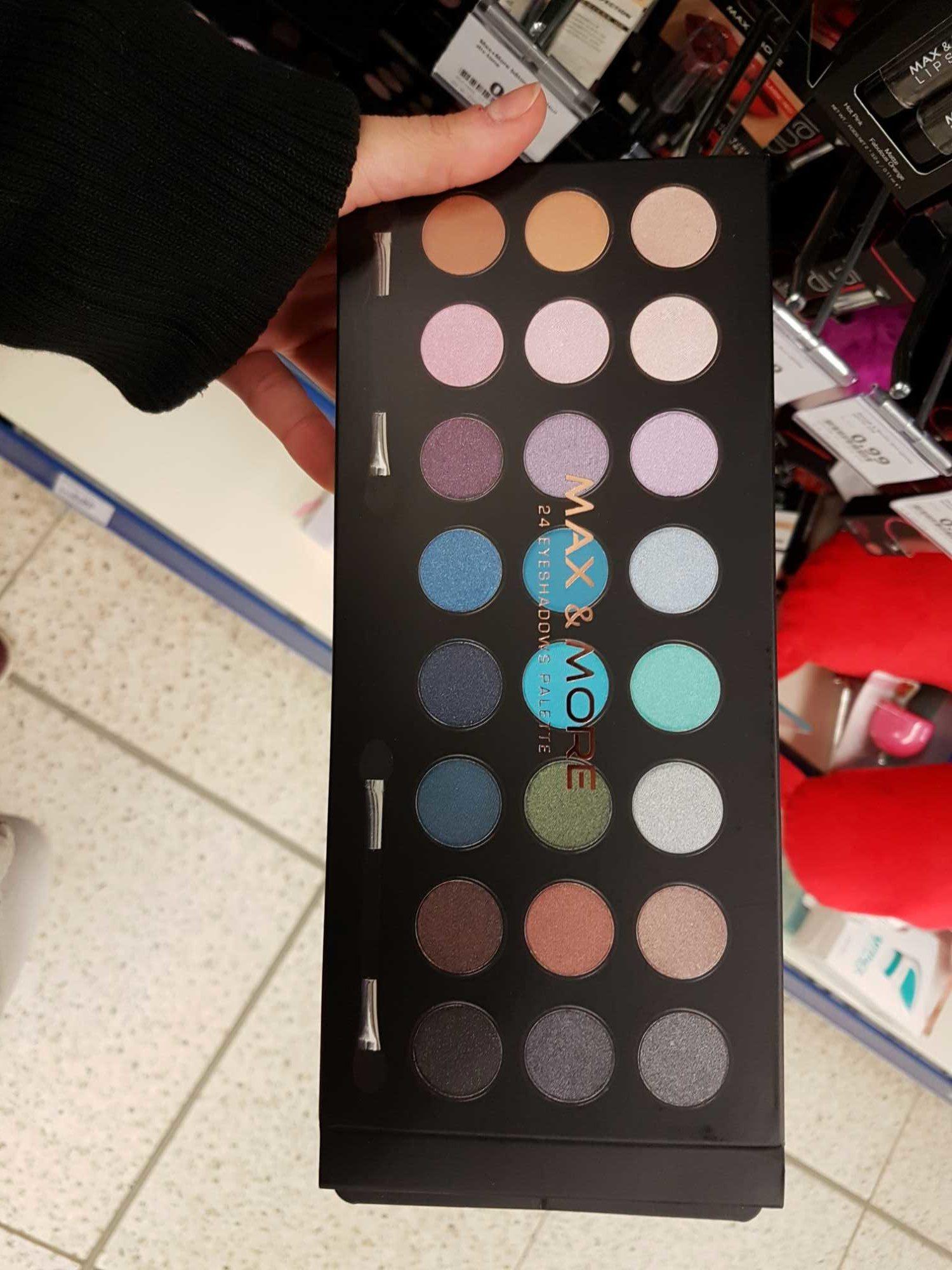 24 eyeshadows palette - Product - fr