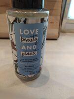 Coconut Water & Mimosa Flower Shampoo - Product - en